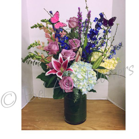 Flowers for girlfriend West Allis