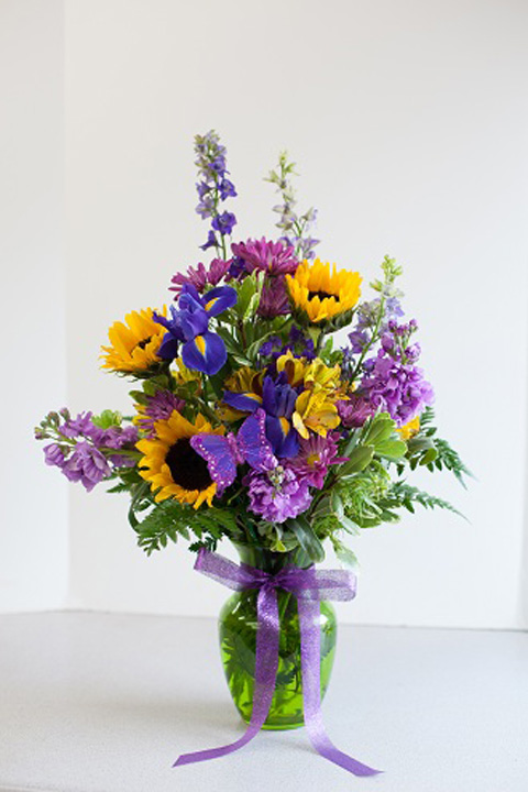 Get flowers delivered West Allis