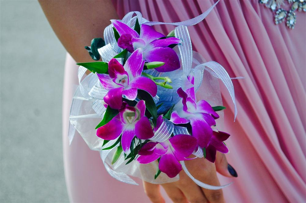 Gorgeous floral arrangements for quinceanera celebrations!